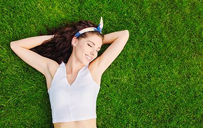 Préparer sa peau au soleil grâce à la naturopathie